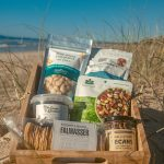Our 'Salty Sea Breeze' hamper is the perfect gift for savoury lovers – filled with mouth-watering, tasty local treats. Savour the flavours of Byron Bay